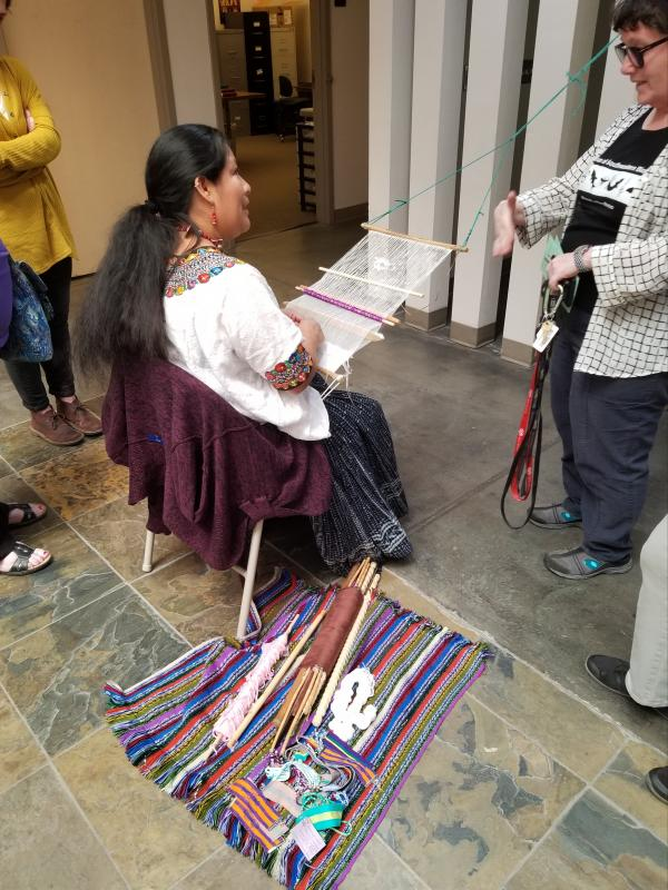 Concepción Poou Coy Tharin demonstrated the pikbil style of backstrap weaving