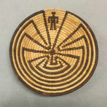 Tohono O'odham Man in the Maze basket