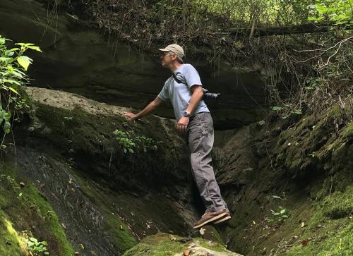 Professor Timothy R. Pauketat Illinois State Archaeological Survey, University of Illinois
