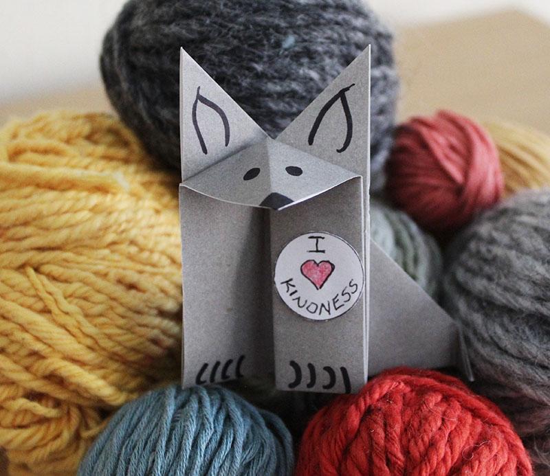 Lulu with yarn