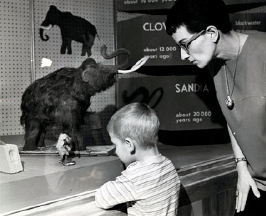 Maxwell Museum visitors, ca. 1960